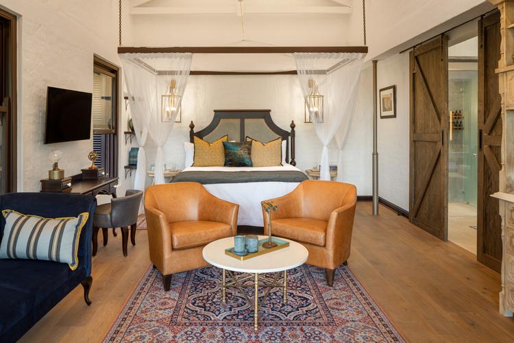 Mbano Manor Hotel luxury suite